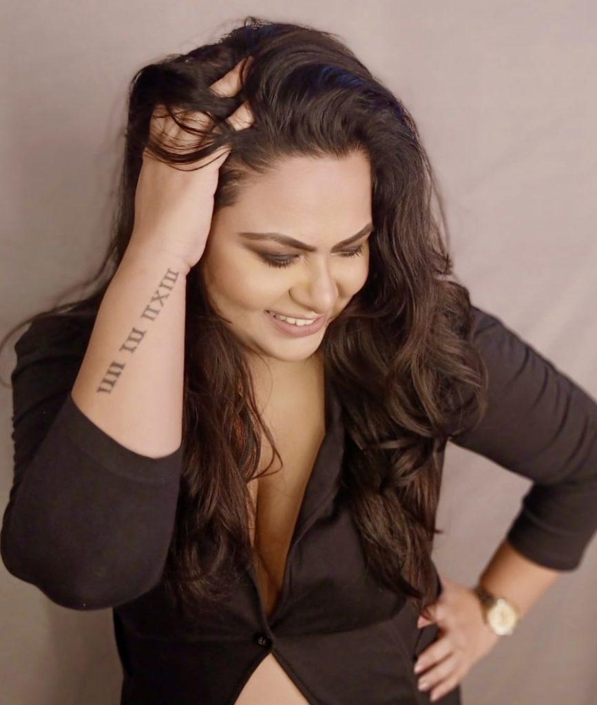 Dalia Mukherjee, Fashion Influencer on Instagram