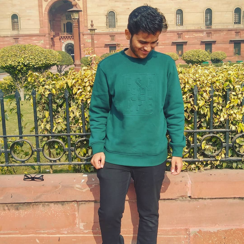 Accidental Blogger ( Sumeet Manohare )