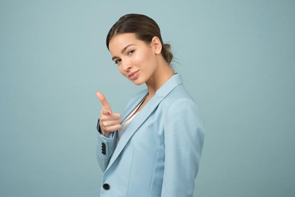 7 thumb rules for women to make their business meeting successful